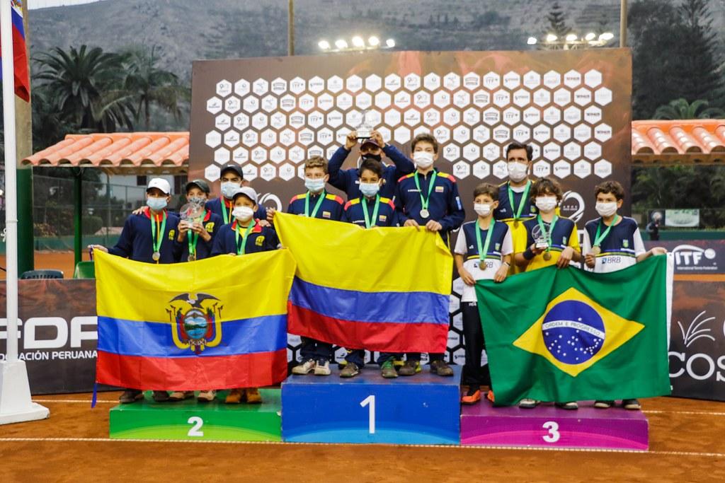 campeones suramericano sub 12.jpg (185 KB)