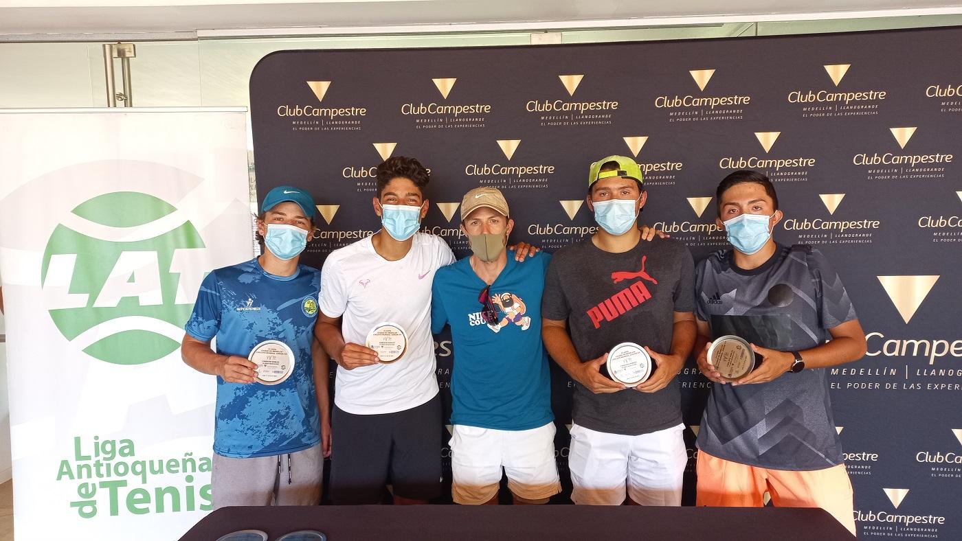 premiación dobles ITF masculino Medellin .jpg (374 KB)